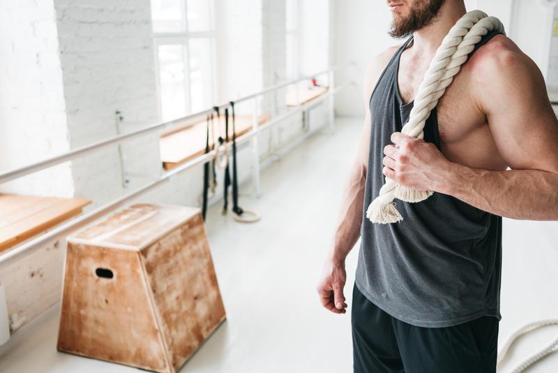 schouderoefeningen-zonder-gewichten